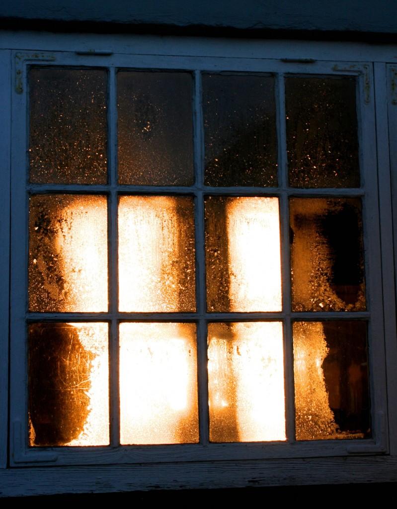 Ljuspunkterfönsterutifrån